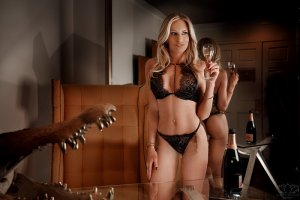 Anne-pascale call girls in Encinitas