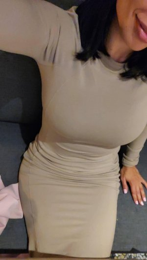 Araceli escorts in Baldwin