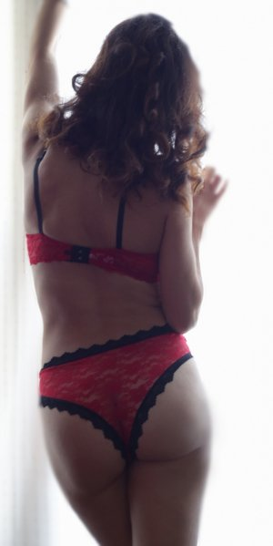 Gaelle escort girl in Los Altos CA