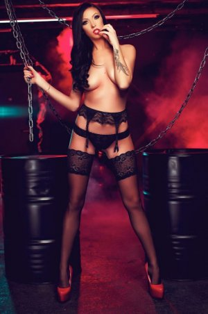 Marie-antonia female escort in Lansing